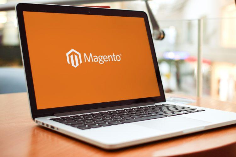 Comment changer les adresses e-mail du magasin dans Magento 2.